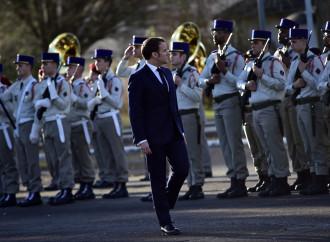 Macron e Biden: arriva l'opposizione dell'esercito