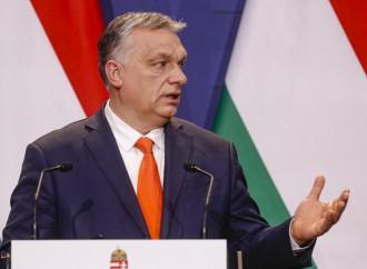 L'Ungheria vola e rimborsa 2 miliardi in tasse alle famiglie