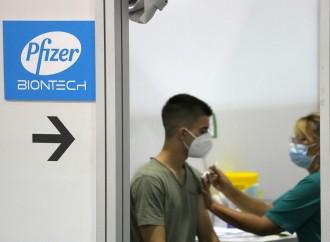 Pfizer, fine sperimentazione: ok politico, non scientifico