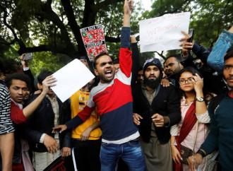 Contestata in India la legge sulla cittadinanza alle minoranze religiose perseguitate