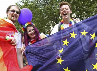 Conosci il tuo nemico: l'Occidente contro l'Europa