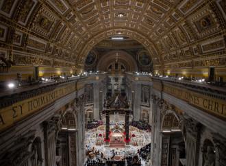 Messa di mezzanotte: la luce che il governo (e i vescovi) non vedono