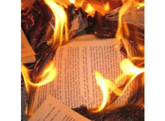 Al Qaeda  e il rogo dei libri