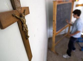 La lotta sbagliata di un ateo: il crocefisso non discrimina