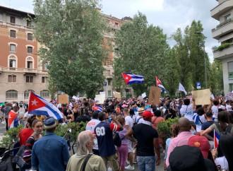 Cuba, il popolo in piazza contro il comunismo. Solidarietà anche in Italia