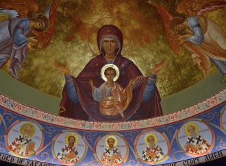 Maria, maternità divina che si apre alla redenzione
