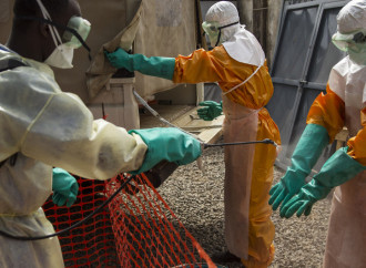 Cresce l'allarme Ebola in Africa occidentale