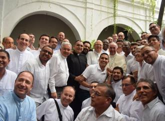 Papa: rispettabili ma sbagliate le critiche ad Amoris laetitia