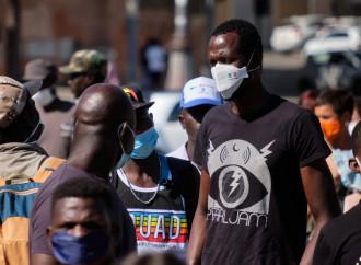 """Migranti fuori controllo, cresce il """"virus d'importazione"""""""