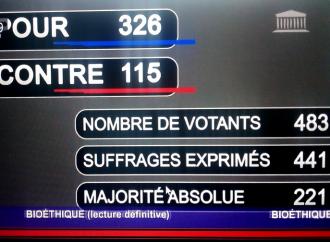 Legge sulla bioetica, sì finale alla barbarie di Macron