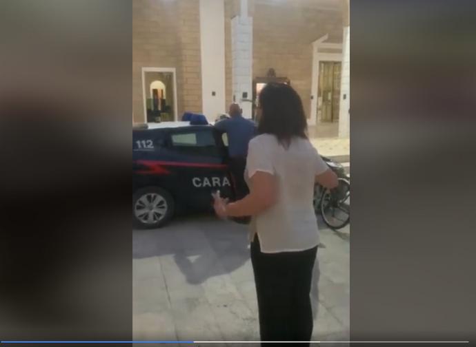 Il sindaco di Lizzano contro i carabinieri