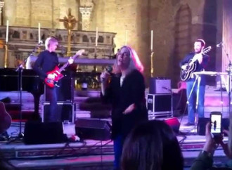 Napoli liberata: torna al culto la chiesa profanata da concerti e mostre