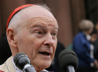 Viganò, il Vaticano batte un colpo. Ma è a salve