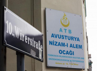 Moschee chiuse per estremismo, l'Austria segna la strada