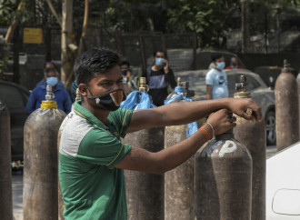 Variante indiana: l'allarmismo smontato dai dati in India