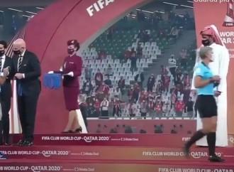 Allo sceicco del Qatar non piacciono le donne arbitro
