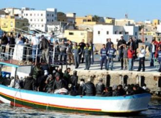 Più di 1.400 sbarchi a Lampedusa il 9 maggio