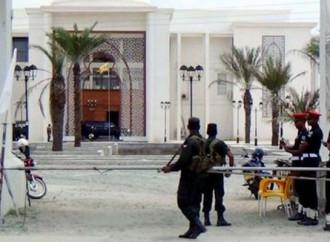 Scontri a Negombo, la città della chiesa di San Sebastiano attaccata dai jihadisti a Pasqua
